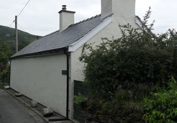 roof slating  tiling services   ferrari roofing