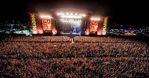 How To Watch Reading  U0026 Leeds Festival 2017 Live  Online