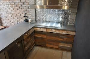 granite top kitchen island table 7 great splashback materials adelaide outdoor kitchens