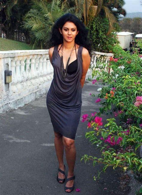 Kemproh Kamna Jethmalani Hot Photoshoot Stills