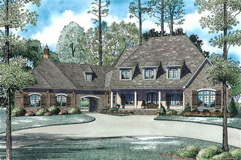 bdrm  sq ft european style luxury house plan