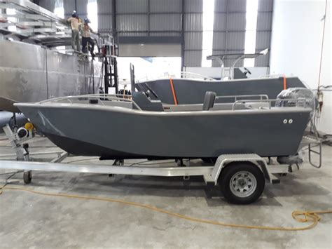 Fishing Boat And Motor Packages by New Sabrecraft Marine Centre Console 4 80 Boat Motor