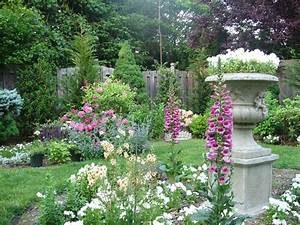 File:An English Garden Designed By Andrea Lynn Fisher.jpg ...