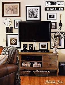 Nice wall arrangement around above tv home decor