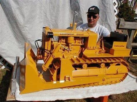 check   incredible cat model built  don campbe