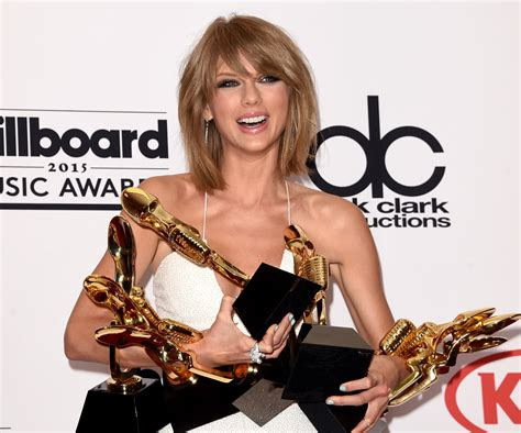 Taylor Swift criticizes Apple's streaming music service