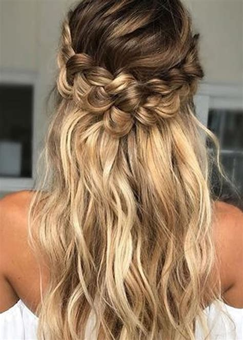 Braided Hairstyle by 25 Stylish Soft Braided Hairstyles Ideas 2018 2019