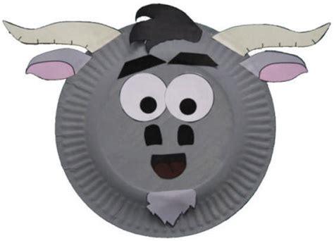 paper plate goat craft