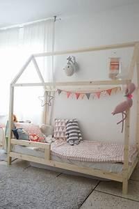 Lit Cabane Pour Enfant : chambre fille style scandinave ~ Teatrodelosmanantiales.com Idées de Décoration