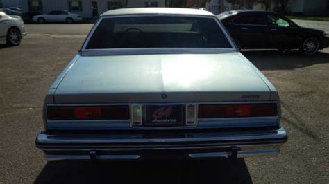 purchase   chevrolet caprice classic sedan  door