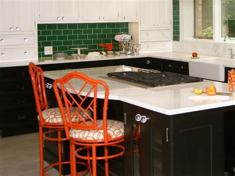 do it yourself backsplash for kitchen do it yourself diy kitchen backsplash ideas hgtv 9601
