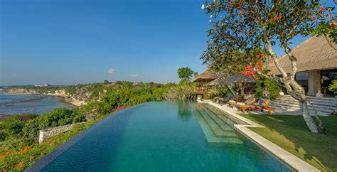 The 10 Best Infinity Pools In The World According To
