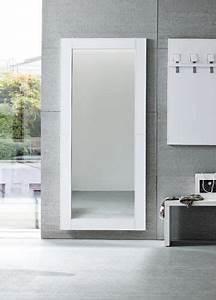 Spiegel Mit Weißem Rahmen : cinquanta c moderner spiegel mit rahmen aus kunstleder verschiedene farben und gr en sediarreda ~ Indierocktalk.com Haus und Dekorationen