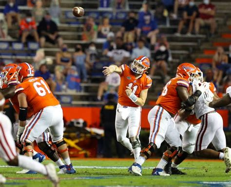 Trask throws six TD passes to lead Gators over Franks ...