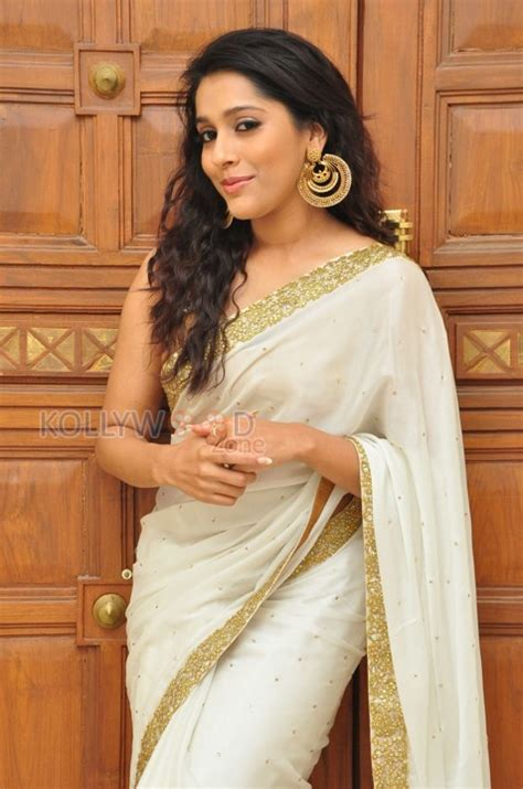 rashmi gautam beautiful saree 10 470874