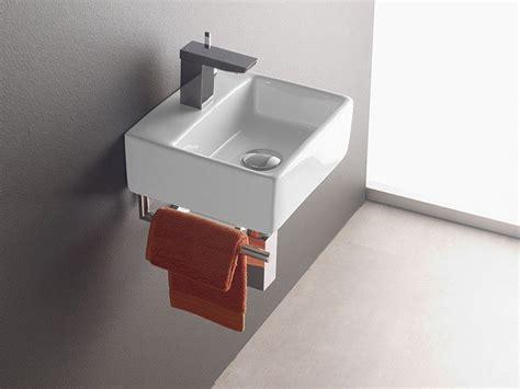 wandmontage waschbecken bermeo  inkl handtuchhalter
