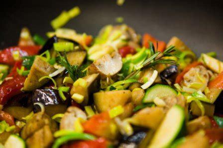 Bildergalerie-Fingerfood-warme-Speisen-7 - Bio Catering Safran