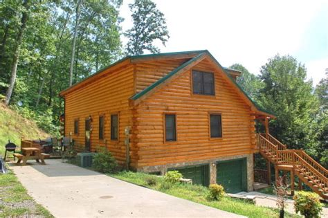 maggie valley cabins maggie valley smoky mountains cabin brown log cabin retreat