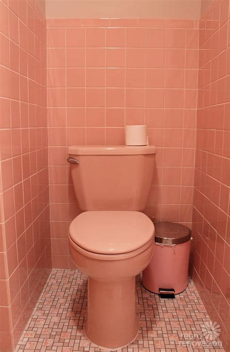 reasons  love   retro pink bathroom kates pink