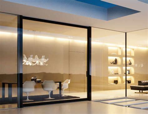 cloison de bureau en verre la cloison en verre est un moyen élégant d 39 organiser l