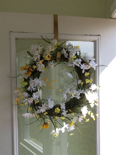 do it yourself wreath spring wreath do it yourself crafts pinterest