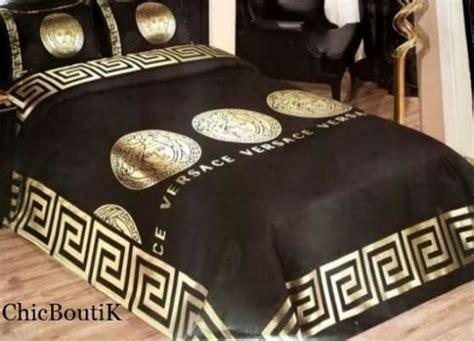 parure de lit versace pas cher neuve meubles d 201 coration lits 224 carc 232 s reference meu lit par