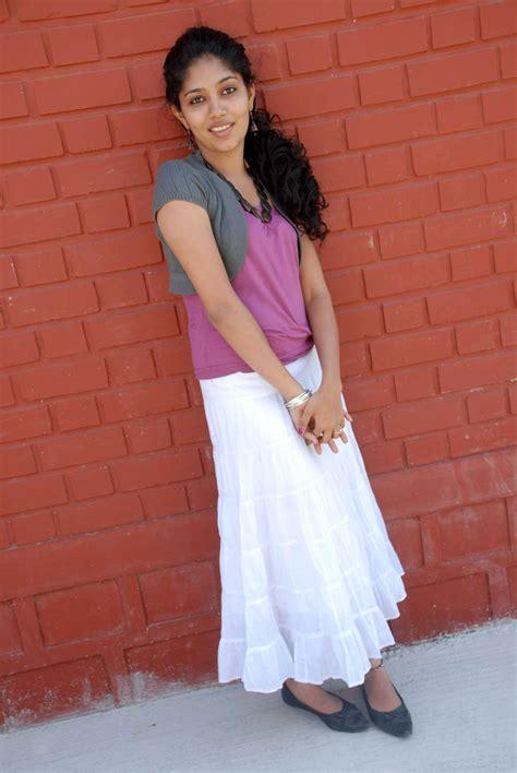 latest  masala samyuktha  actress cute picture album
