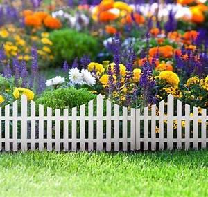 Barriere Pour Jardin : petite barri re jardin pour d limiter le terrain et peaufiner l ensemble ~ Preciouscoupons.com Idées de Décoration