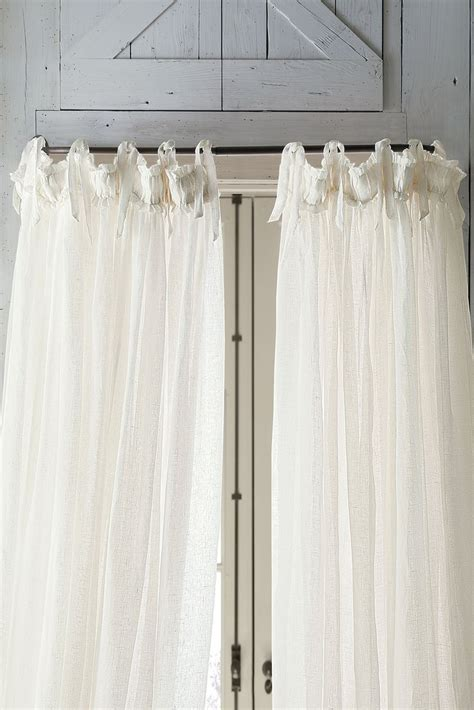 Curved Drapery Rods For Windows by Best 25 Curved Curtain Rod Ideas That You Will Like On