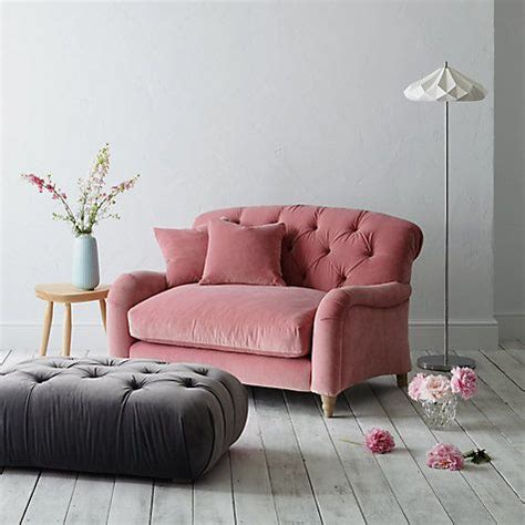 Second Bed Settees by 25 Best Ideas About Bedroom Sofa On Ikea Bed