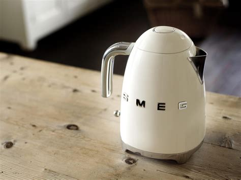 smeg kettle kettles independent kitchen water tea lifestyle appliances teteras