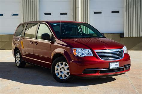 chrysler town country vans 7 passengers bbb rent a car
