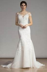 Wedding dresses for guests spring 2017 for Wedding dresses for guests 2017