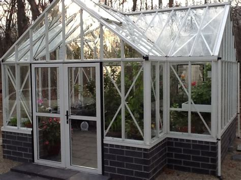 Greenhouses Sunrooms