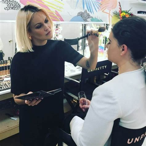 Sle Resume Parlour by Makeup Artist Don T Work For Free Makeup Vidalondon