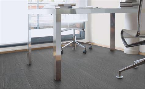 sol bureau trouver un revêtement de sol pour le bureau avec hornbach