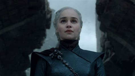 emilia clarke reflects  game  thrones legacy