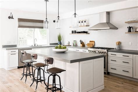 25 best white kitchens with space