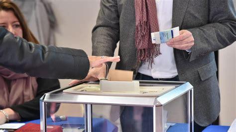 assesseur bureau de vote agen un assesseur du front national sorti menotté d 39 un