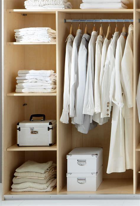robe de chambre etagère de rangement avec penderie 87 cm pour armoire