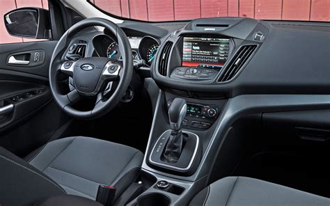 ford escape interior 2013 2014 compact crossover comparison motor trend