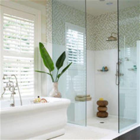 cool outdoor shower ideas hot summer