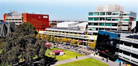 Find out more about caulfield east. Monash University - Caulfield campus - ApplyZones