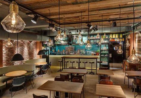 cuisine style industriel du mobilier style industriel dans un restaurant