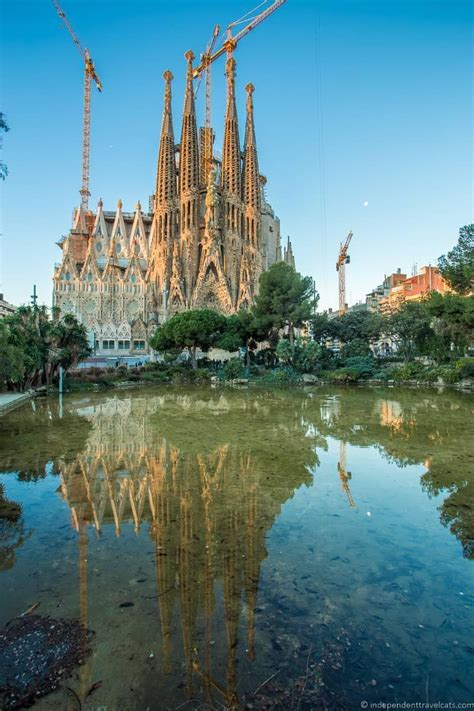 gaudis barcelona  complete guide    gaudi sites