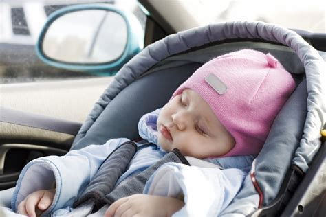 siege auto a quel age le siège auto lequel et à quel âge