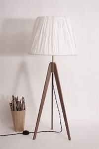 Retro Lampe Holz : dreibein lampe holz tripod strandholzshop vintage interior design ~ Indierocktalk.com Haus und Dekorationen