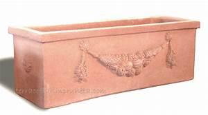 Pflanzkübel Terracotta Eckig : term hlen terracotta impruneta eckiger terracotta kasten mit girlande ~ Orissabook.com Haus und Dekorationen
