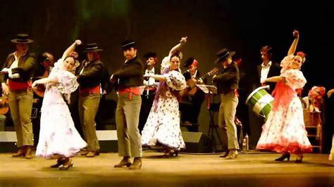 Coros y Danzas de Granada - Fandango de Huelva - YouTube