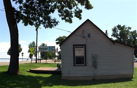 Mille Lacs Lake Bass Boat Rentals by Rocky Reef Resort Cabin 4 Style Cottage Rentals On Lake